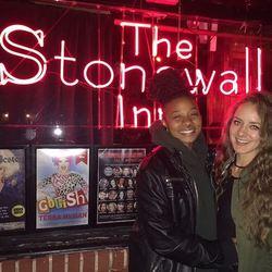 Large avatar stonewall